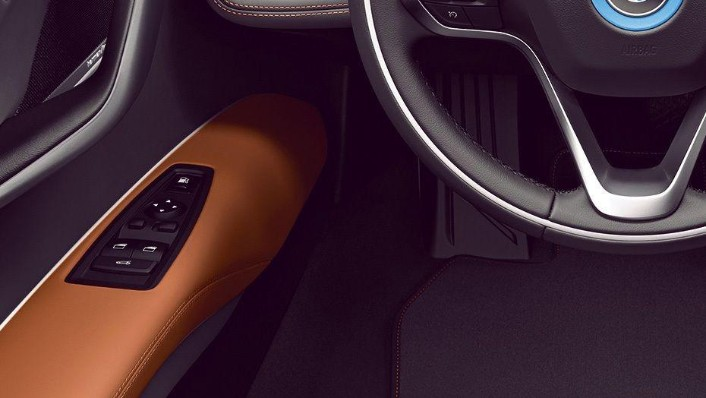 BMW I8 Coupe 2019 Interior 003