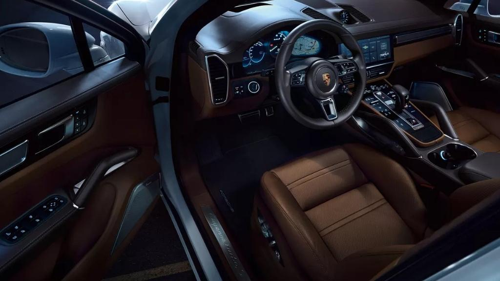 Porsche Cayenne 2019 Interior 004