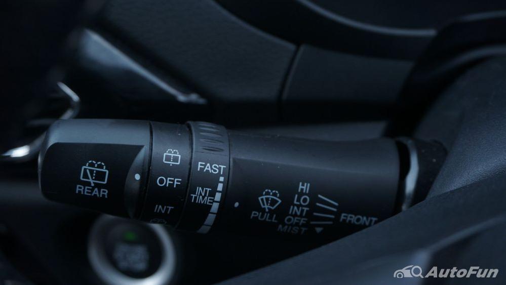 DFSK Glory 560 1.5L Turbo CVT L-Type Interior 012