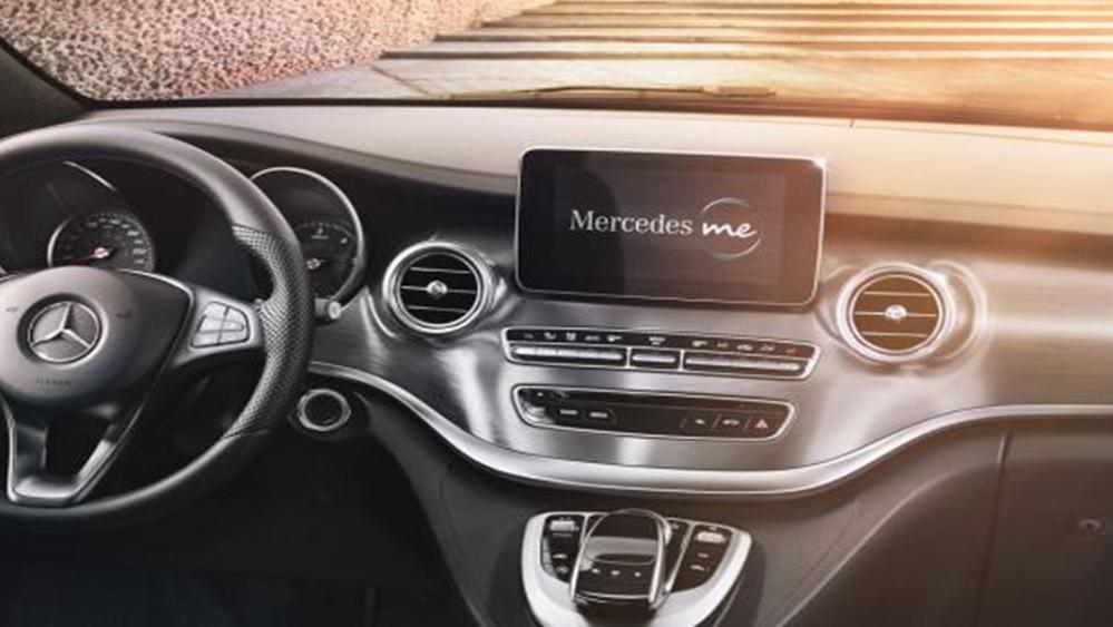 Mercedes-Benz V-Class 2019 Interior 004