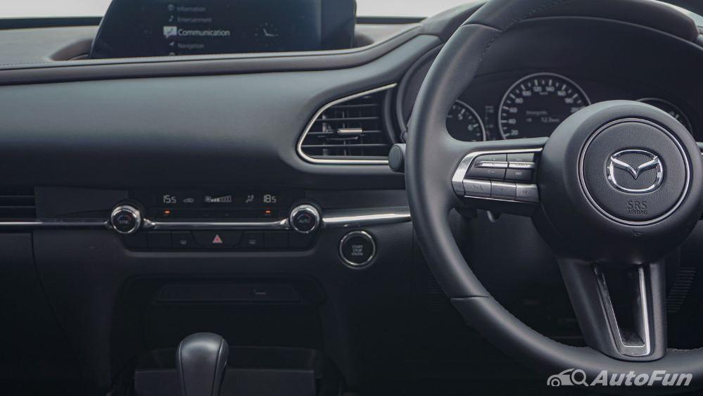 Mazda CX 30 GT Interior 015