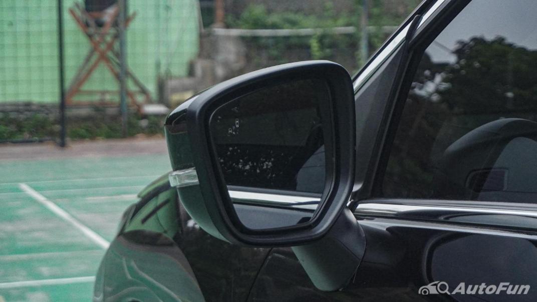 Mitsubishi Eclipse Cross 1.5L Exterior 051