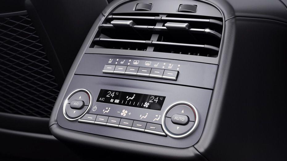 Maserati Quattroporte 2019 Interior 017
