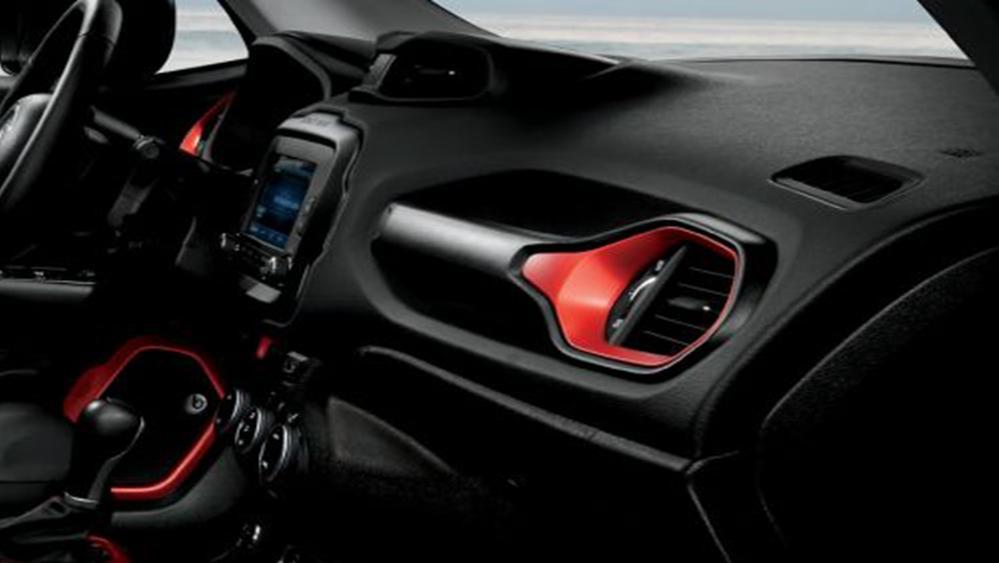 Jeep Renegade 2019 Interior 005