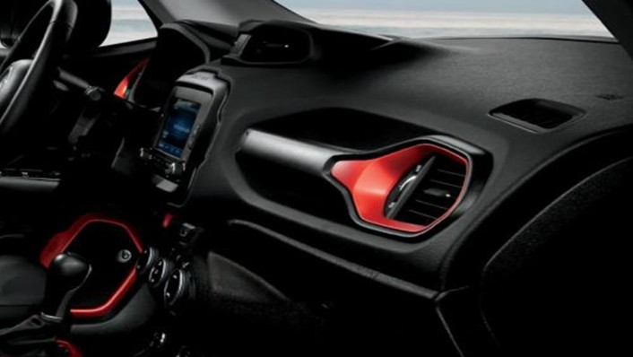 Jeep Renegade 2019 Interior 005