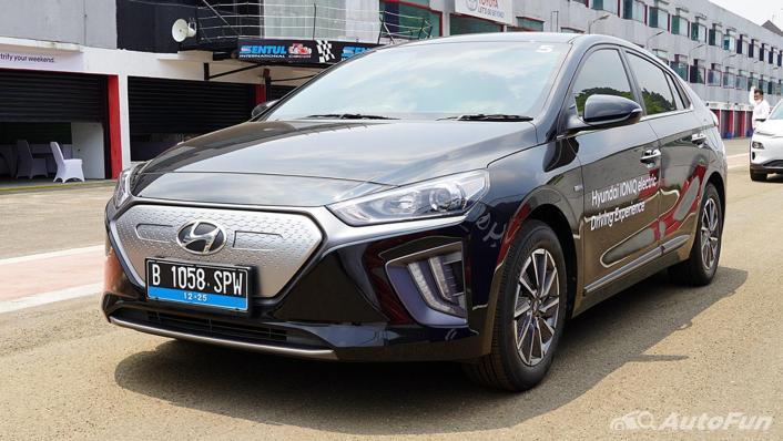 2021 Hyundai Ioniq Electric Exterior 001