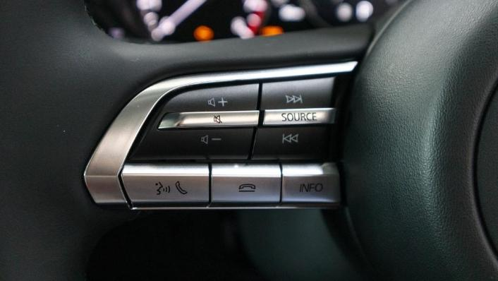 Mazda 3 2019 Interior 008