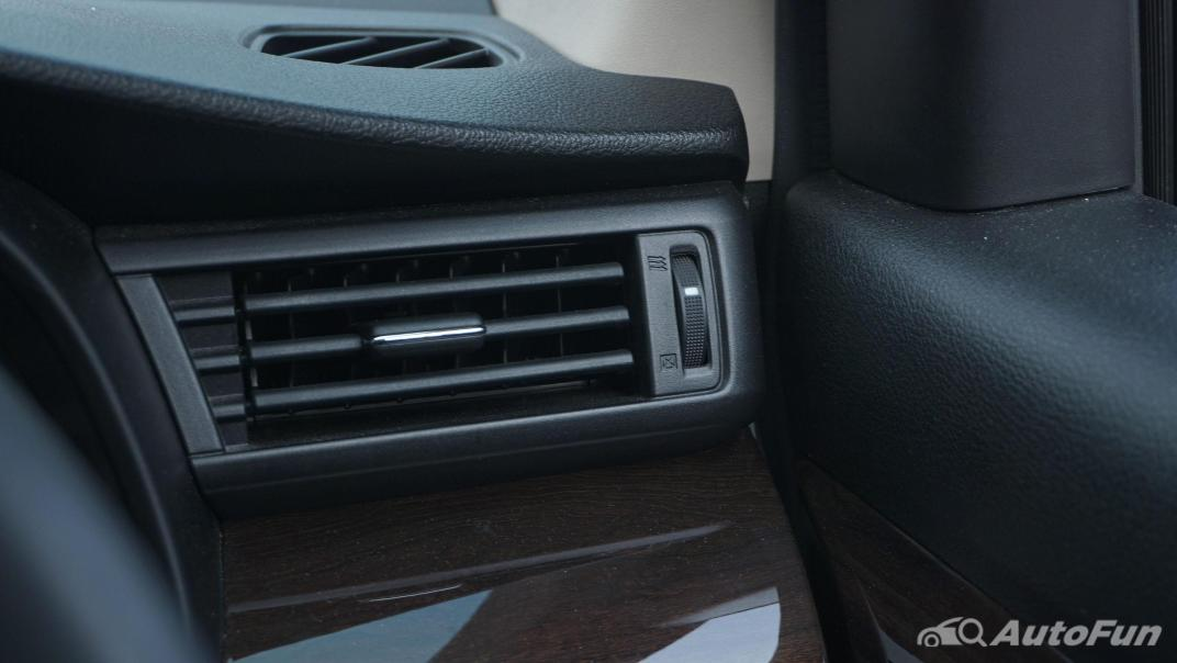 Suzuki Ertiga Sport AT Interior 034
