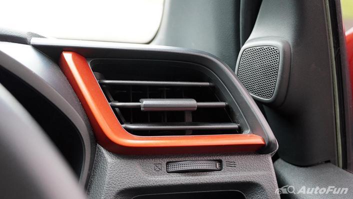Honda Brio RS CVT Interior 008