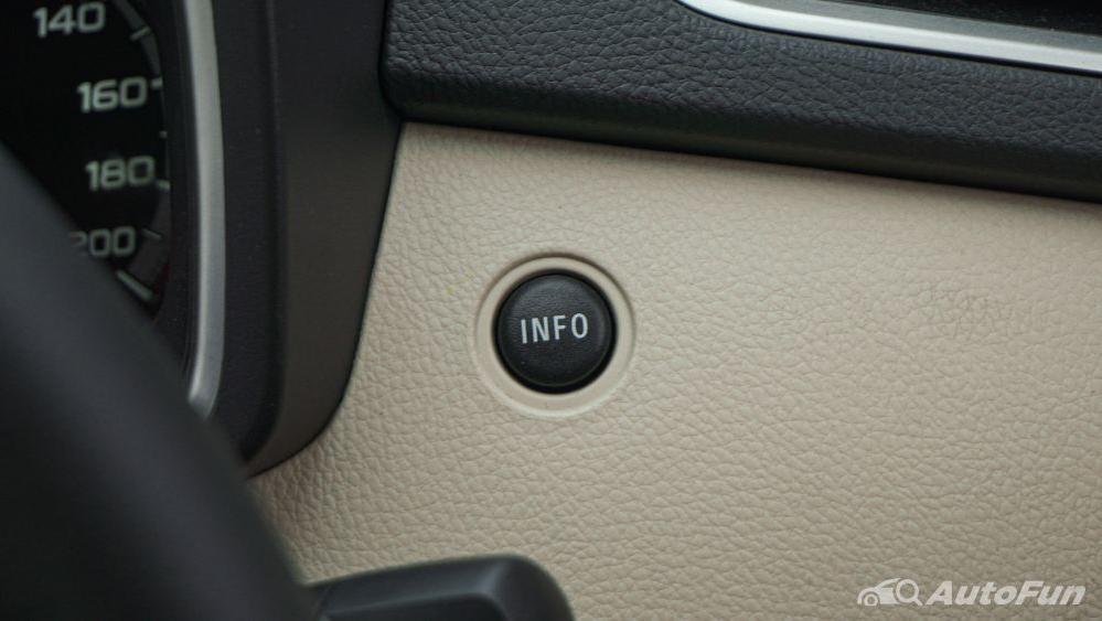 Mitsubishi Xpander Ultimate A/T Interior 017