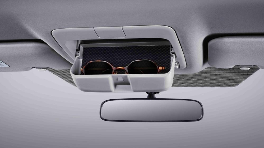 Toyota Hiace 2019 Interior 008