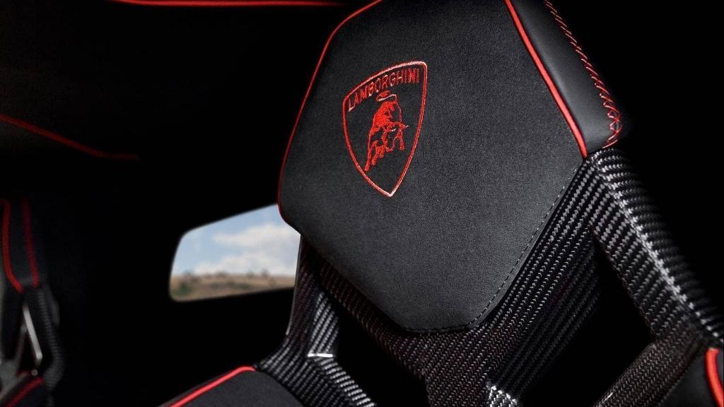 Lamborghini Aventador 2019 Interior 006
