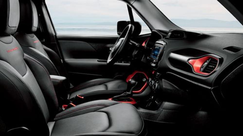 Jeep Renegade 2019 Interior 004