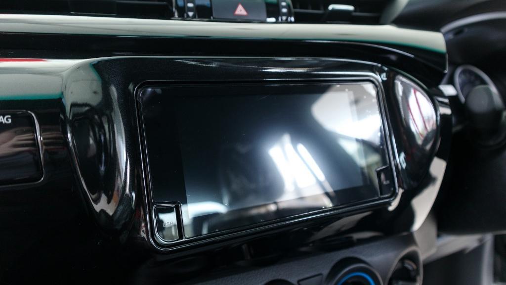 Toyota Hilux 2019 Interior 014