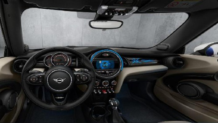 MINI Convertible 2019 Interior 001