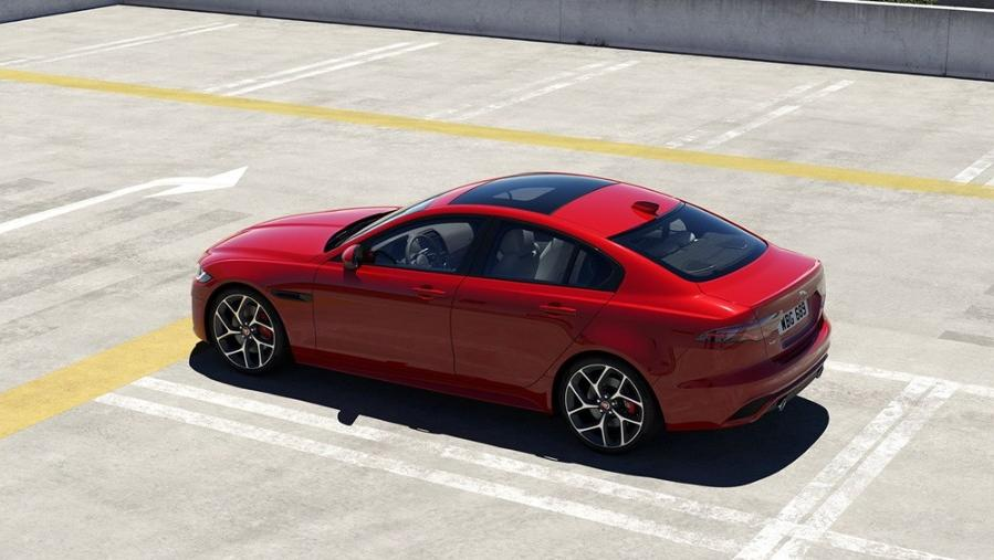 Jaguar XE 2019 Exterior 002
