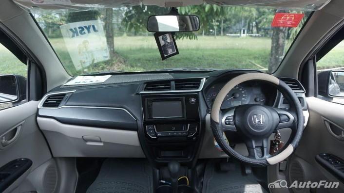 Honda Mobilio E CVT Interior 001