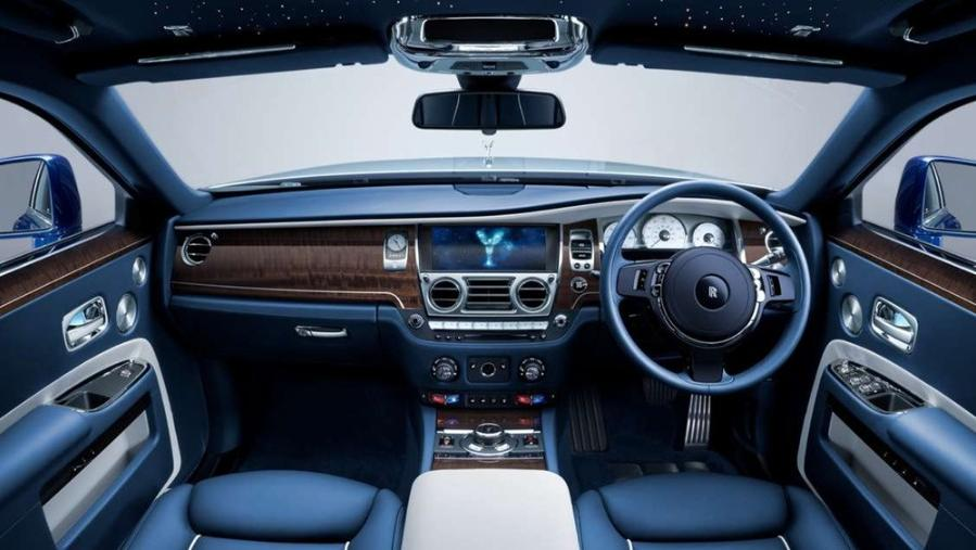 Rolls Royce Ghost 2019 Interior 001