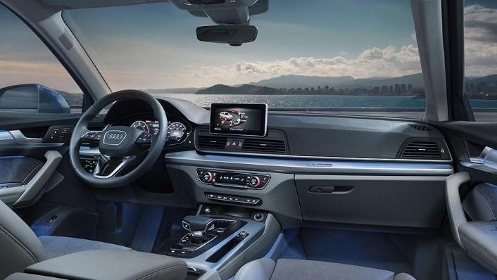 Audi Q5 2019 Interior 001