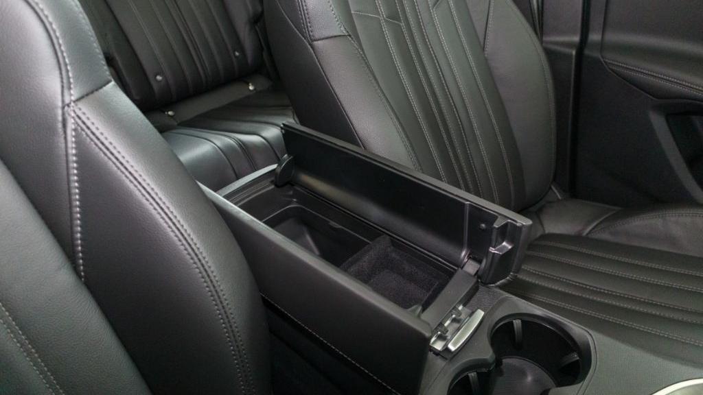 Peugeot 5008 2019 Interior 024