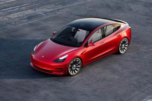 Tesla Harus Recall 300.000 Model 3 dan Model Y akibat Cruise Control Tiba-tiba Aktif Sendiri