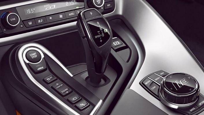 BMW I8 Coupe 2019 Interior 004