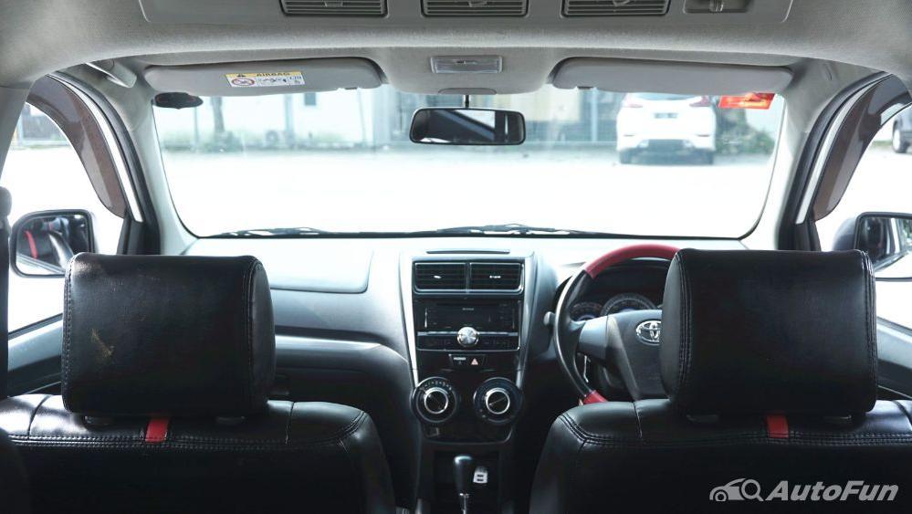 Toyota Avanza Veloz 1.3 MT Interior 044