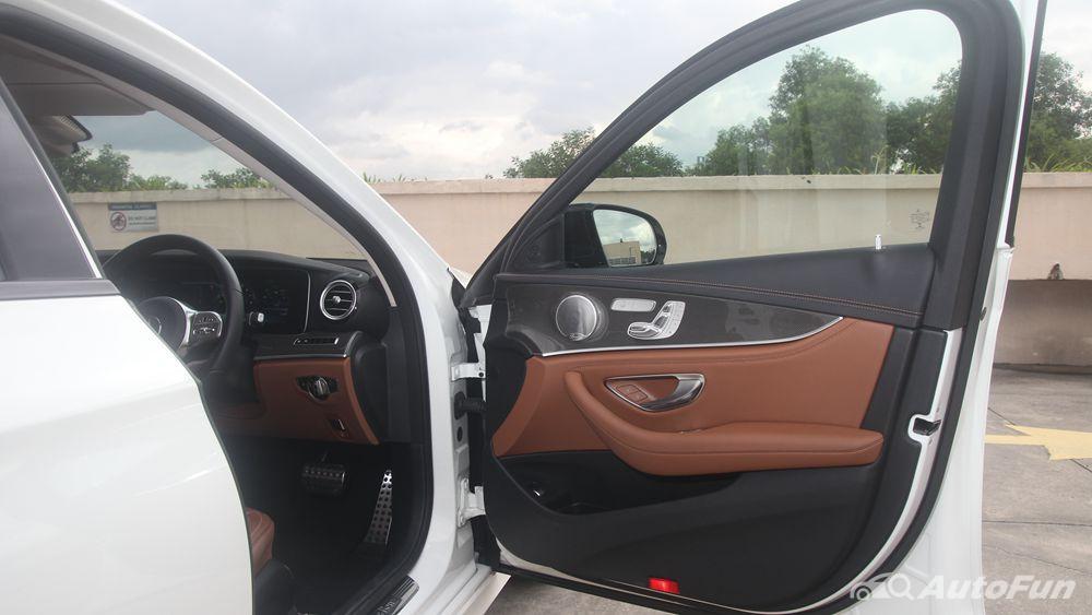 Mercedes-Benz E-Class 2019 Interior 094
