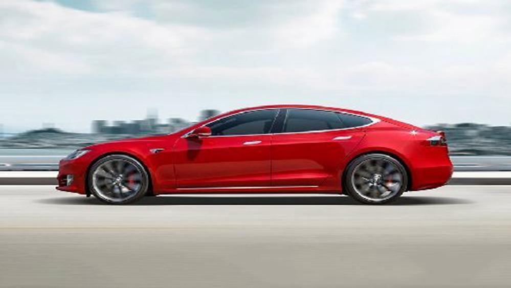 Tesla Model S 2019 Exterior 004