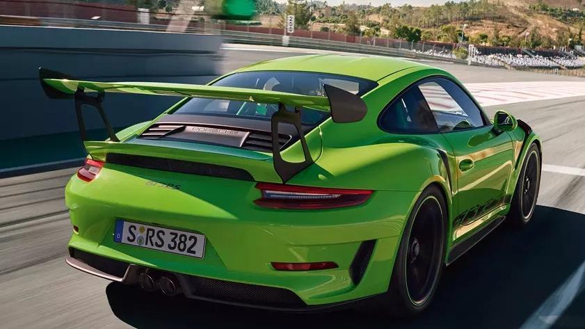 Porsche 911 2019 Exterior 012