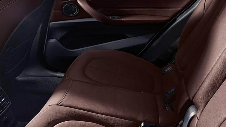 BMW X1 2020 2020 Interior 002
