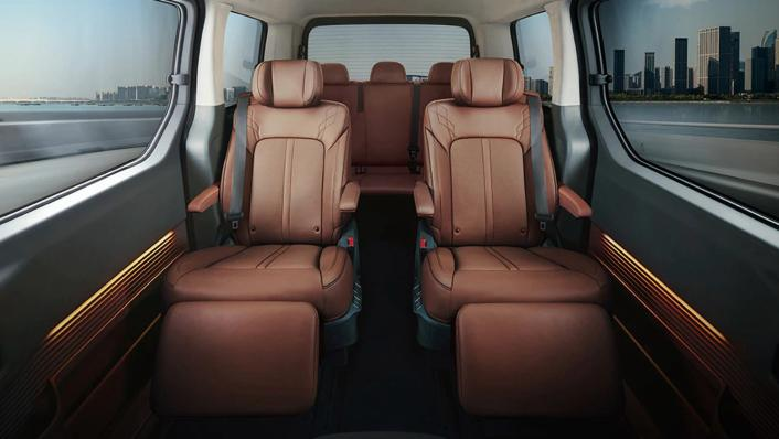 2021 Hyundai Staria Interior 001