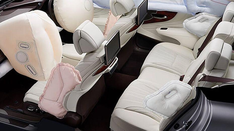 Lexus LS 2019 Interior 011