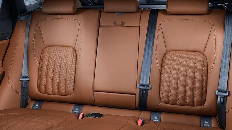 Jaguar F-PACE 2019 Interior 009