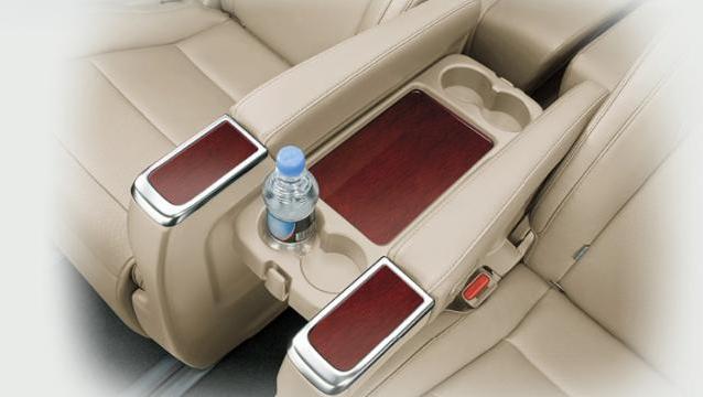 Toyota Alphard 2019 Interior 008