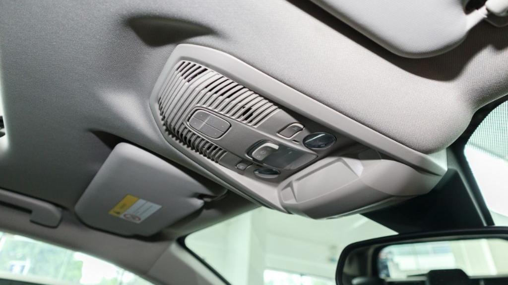 Peugeot 5008 2019 Interior 035