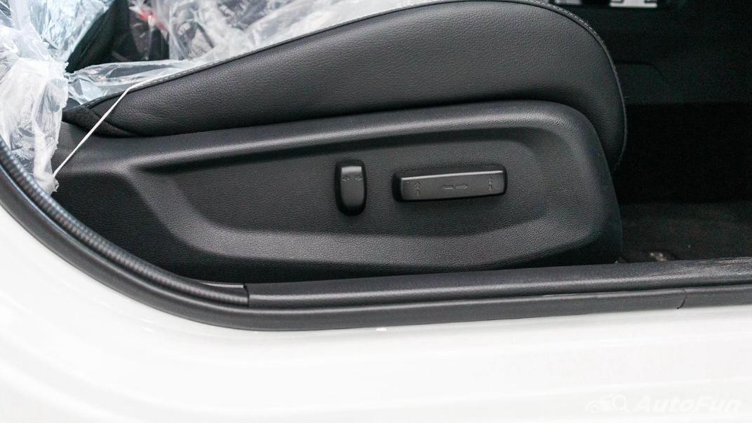 Honda Civic 2019 Interior 049