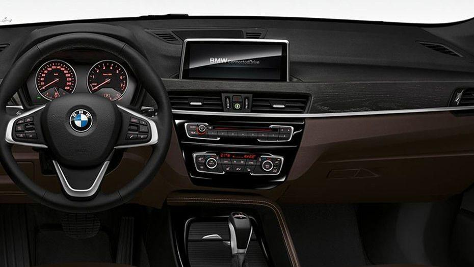 BMW X1 2019 Interior 001