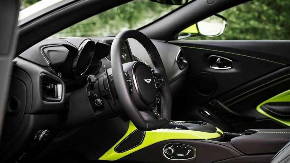 Aston Martin Vantage 2019 Interior 002