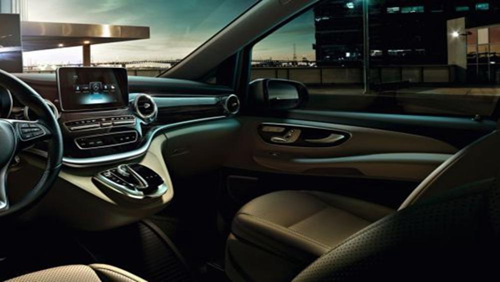 Mercedes-Benz V-Class 2019 Interior 003