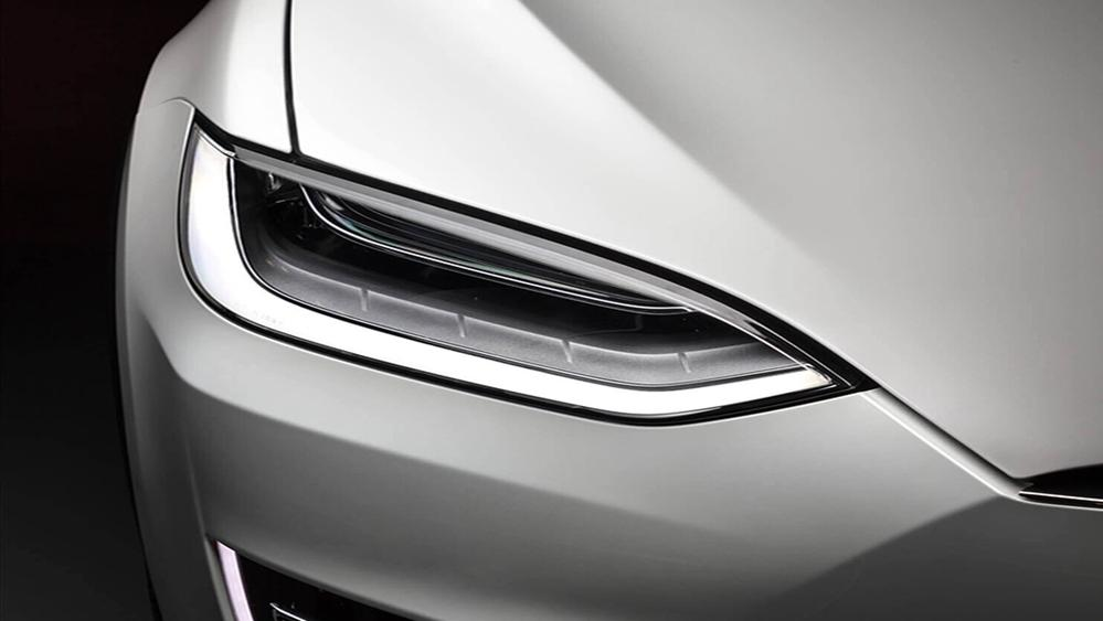 Tesla Model X 2019 Exterior 008