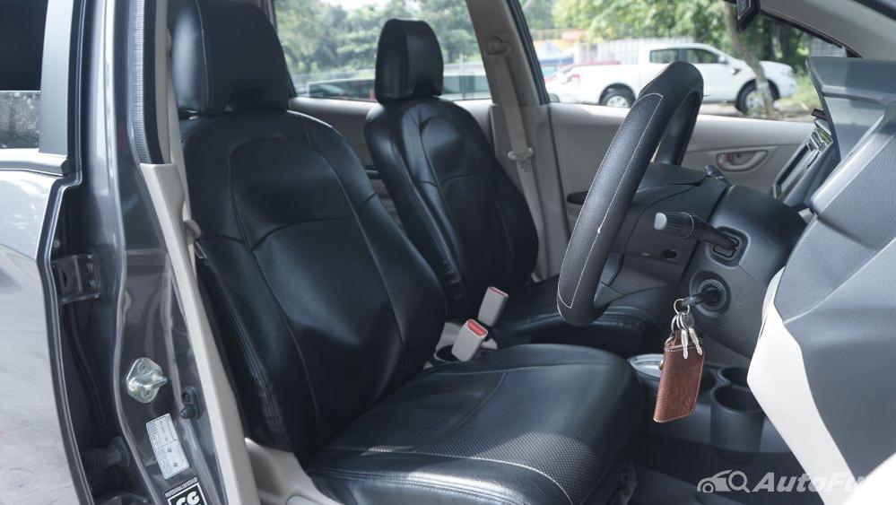 Honda Mobilio E CVT Interior 013