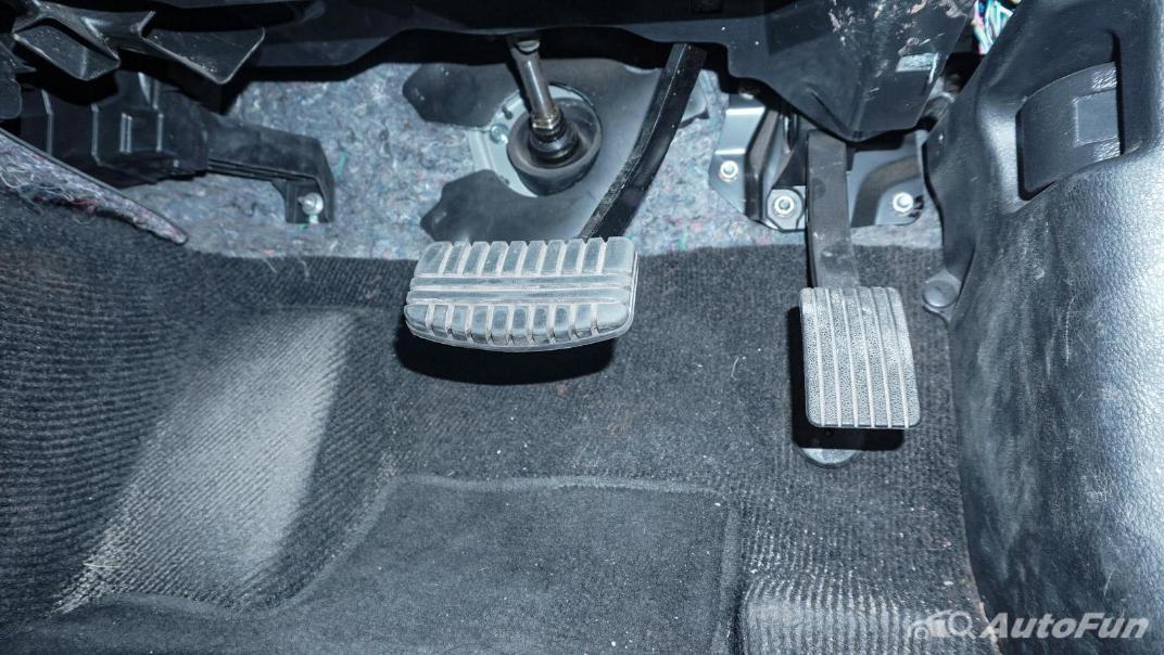 Mitsubishi Pajero Sport Dakar 4x4 AT Interior 022