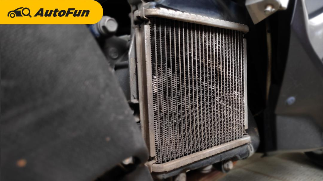 Lupa Rawat Radiator, Overheat Bisa Mengancam Honda PCX 160 dan Yamaha NMax Anda! 01