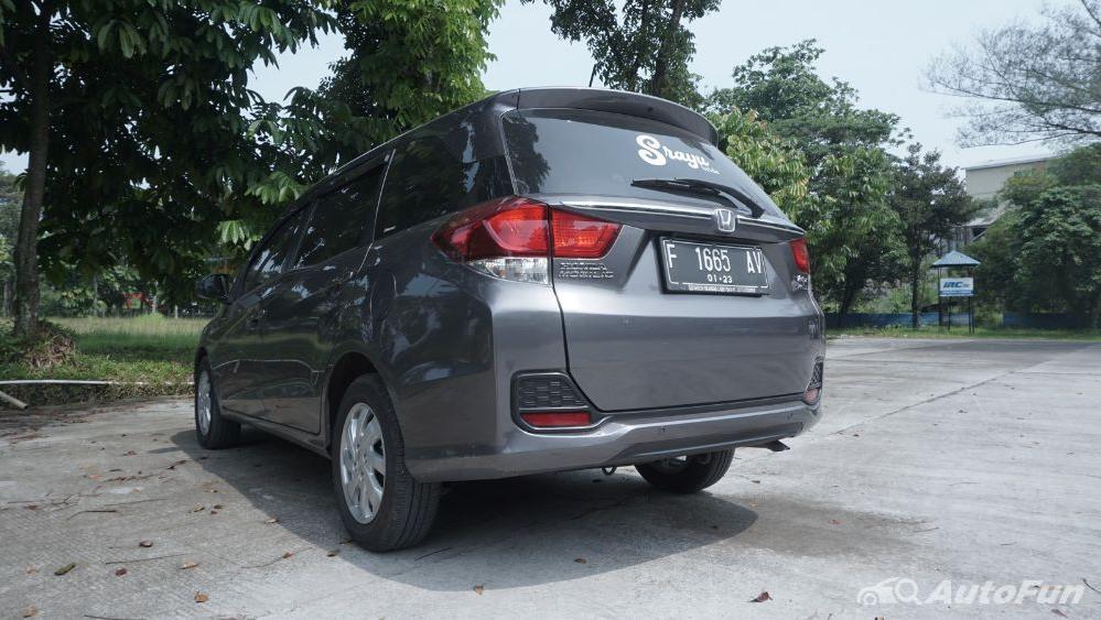 Honda Mobilio E CVT Exterior 012