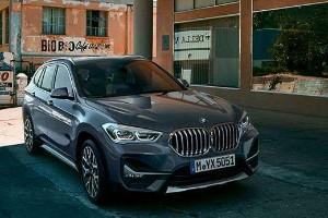 Perbandingan Konsumsi BBM BMW X1 Vs Mercedes-Benz GLA Class, Mana Paling Irit?
