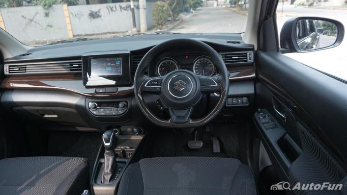 Suzuki Ertiga Sport AT Interior 006