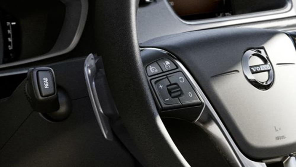 Volvo V40 Cross Country 2019 Interior 005