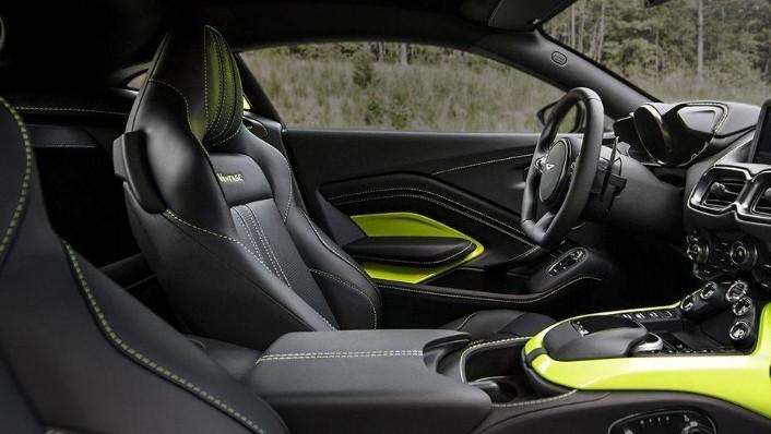 Aston Martin Vantage 2019 Interior 006