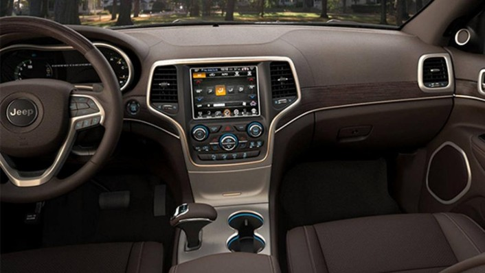 Jeep Grand Cherokee 2019 Interior 002